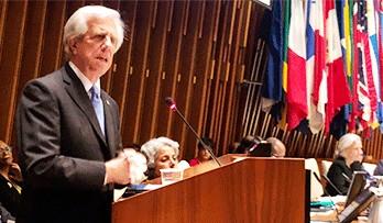 Tabaré Vázquez fue distinguido como Héroe de la Salud Pública por la OPS