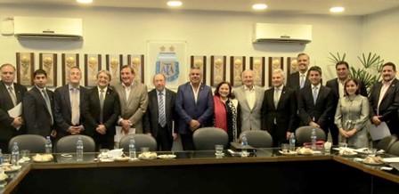 Uruguay, Argentina y Paraguay ratifican su compromiso para organizar el Mundial 2030.