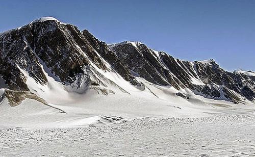 La NASA advierte sobre glaciares en la Antártida