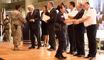 MINISTRO BONOMI EN ANIVERSARIO POLICIAL