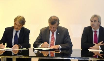 Firma de convenio entre el Ministerio de Relaciones Exteriores y la Secretaría Nacional del Deporte