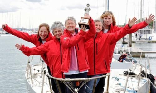 Primera tripulación de mujeres de la historia llegará a puerto uruguayo
