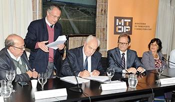 Inversión de 148 millones de dólares permitirá reconstrucción de 290 kilómetros de ruta 14