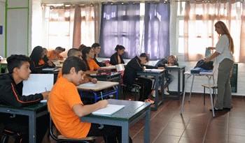 Educación cubre a 99 % de los niños de 5 años y aumentó de 24 % a 36 % la cantidad de jóvenes de 19 años egresados