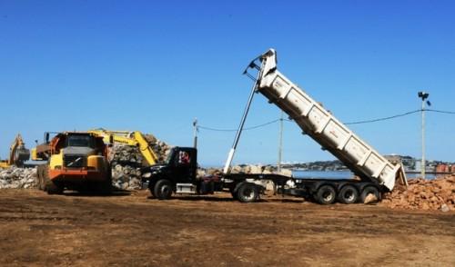 Firma constructora de puerto montevideano de Capurro utiliza geocontenedores por primera vez en Uruguay
