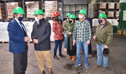 Ganadería y Desarrollo Social entregaron donación de alimentos al INDA provenientes del sector agropecuario