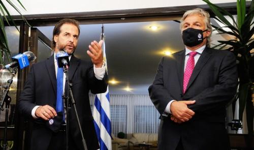 Lacalle Pou: Tengo la obligación de defender el interés nacional que es abrir Uruguay al mundo