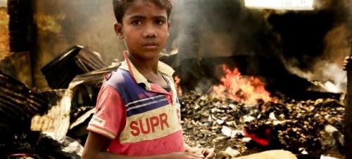 El fondo de emergencia de la ONU asigna $ 14 millones para los refugiados rohingya que quedaron sin hogar por un incendio masivo